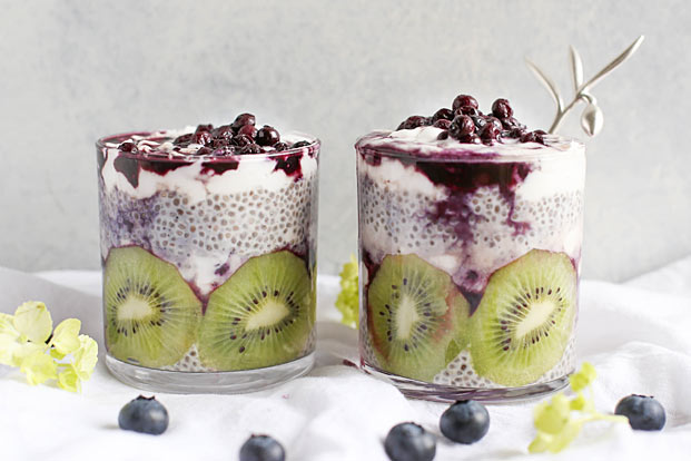 fruit delicious chia pudding desserts